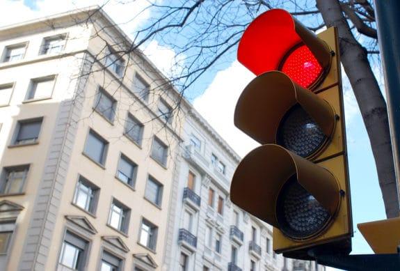 Rote Ampel überfahren - Rotlichtverstoß